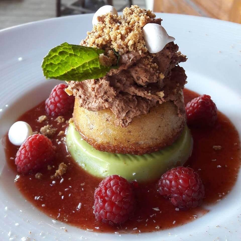 dessert au terrasse café de Megève