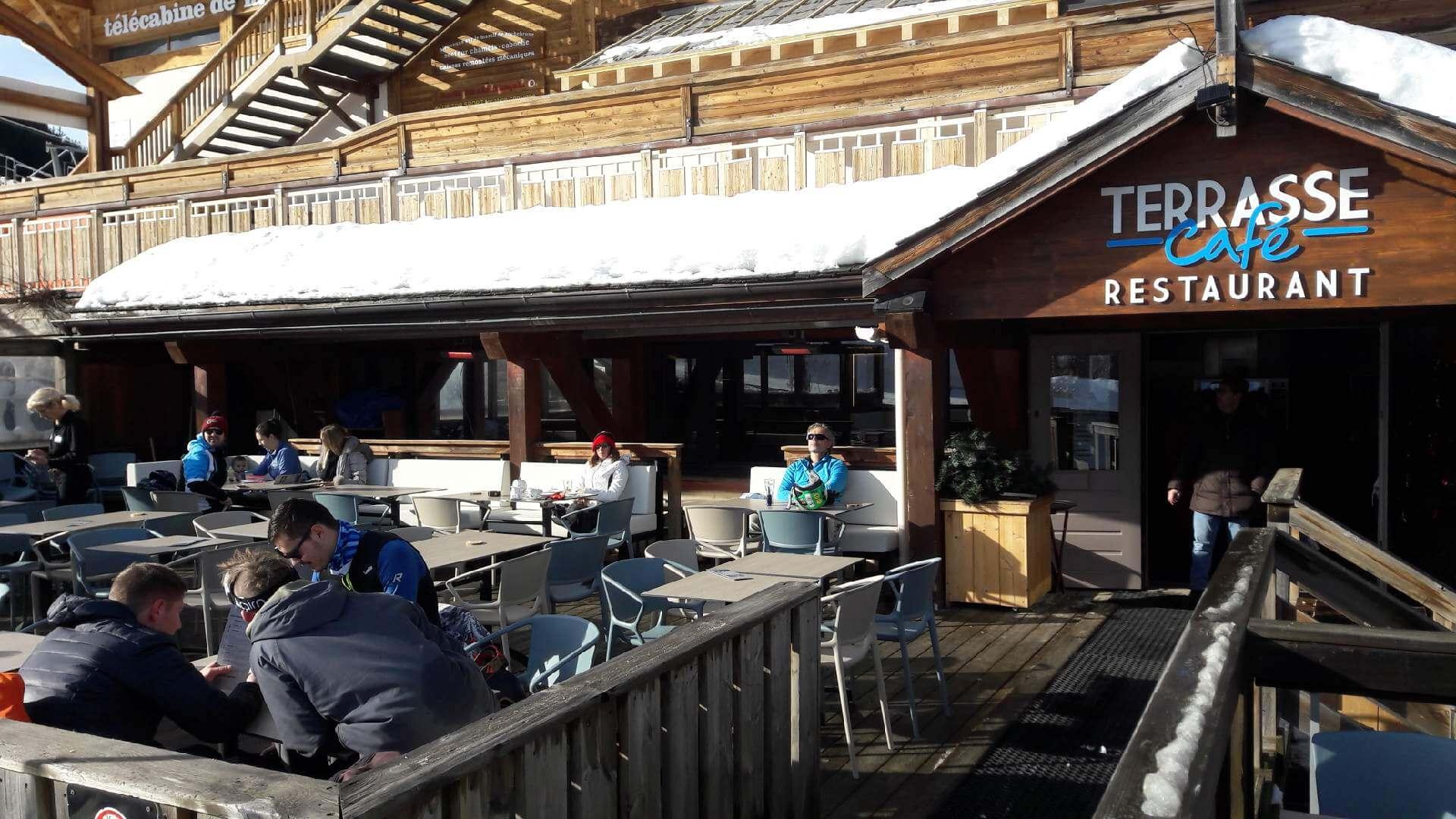 terrasse entrée terrasse café